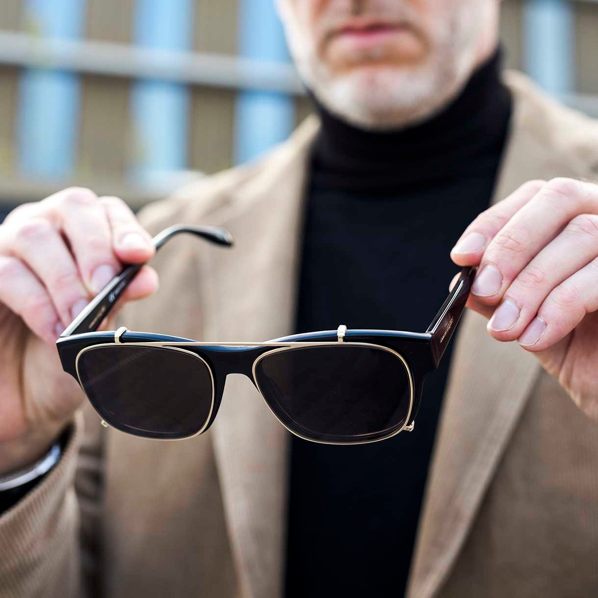 AM0262S-001-54 Alexander Mcqueen zonnebril